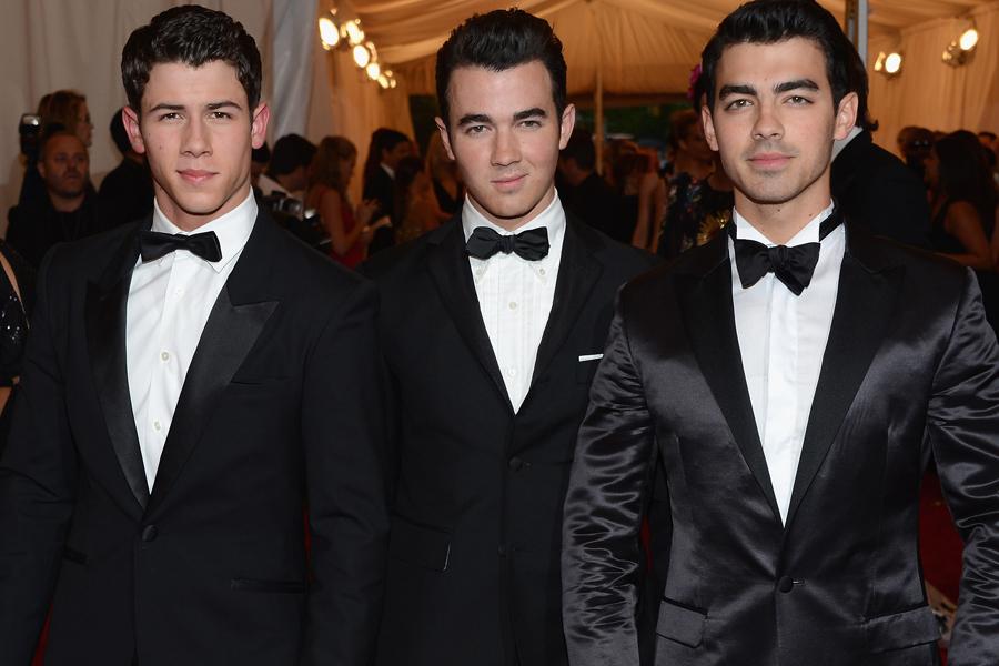 Jonas Brothers Today Today The Jonas Brothers